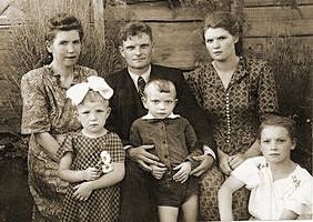 Семья Остроумовых