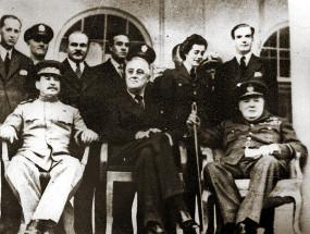 И.В.Сталин, Ф.Рузвельт, У.Черчилль