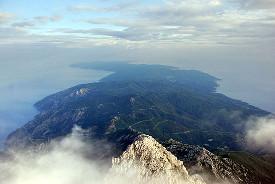 Вид на Афон с вершины Святой Горы