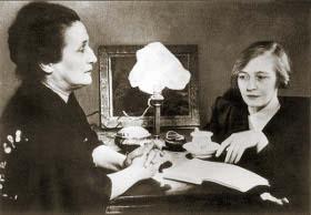 Анна Ахматова и Ольга Берггольц