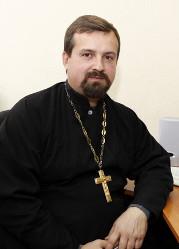 Священник Максим Голуб