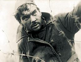 Кадр из фильма «Летят журавли»