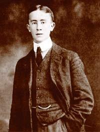 Джон Рональд Толкиен в студенческие годы (1908 год)