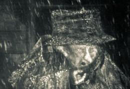 Кадр из мультфильма «Шинель»