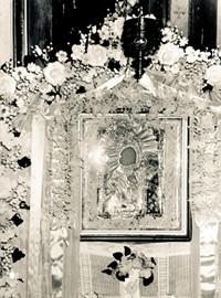 Вид иконы во время её пребывания в Матвеевском храме. 50-е годы ХХ века