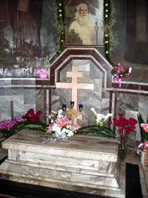 Гробница архиепископа Серафима