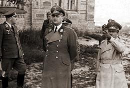 Найвищі військові та поліцейські функціонери Рейху в окупованому Києві. 1941 р.