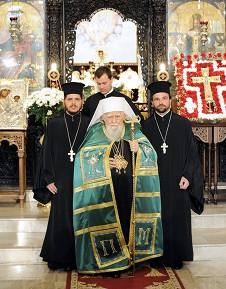 Святейший Патриарх Максим на богослужении