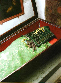 Мощи прп. Ильи Муромца, почивающие в Антониевых пещерах Киево-Печерской Лавры
