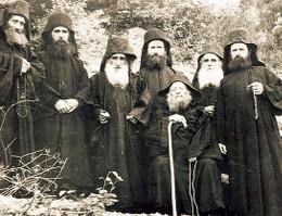 Старец Иосиф с сподвижниками