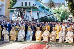 Урочиста Божественна літургія в Лаврі