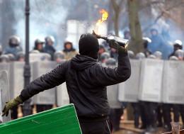 Евроинтеграторы нападают на «Беркут»