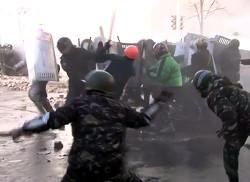 «Мирные» демонстранты