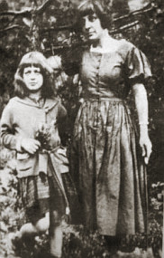 Марина Цветаева с дочкой