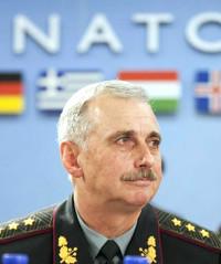 Министр обороны хунты