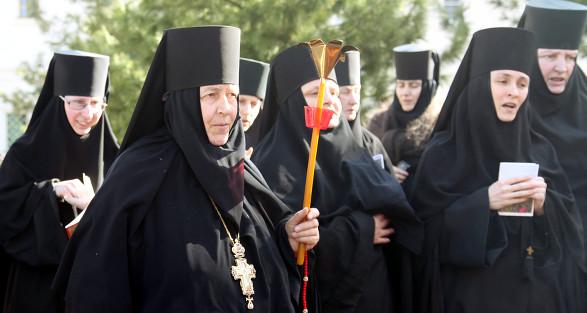 Монахини Толгского женского монастыря
