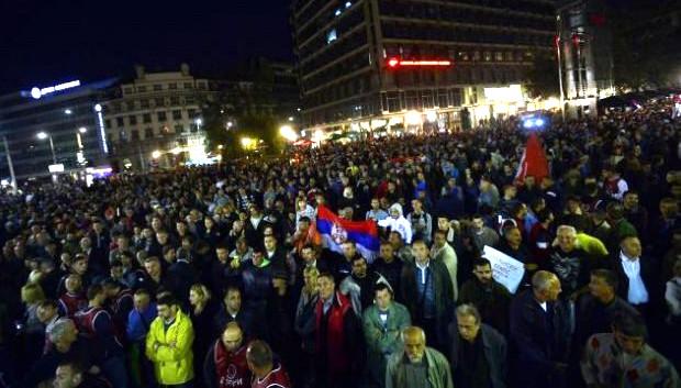 Категорически против проведения акции выступил ряд сербских движений консервативного толка и Сербская православная церковь