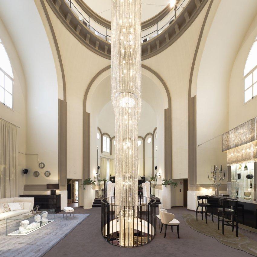Церковь Санти Косма и Дамиано дель Понте ди Ферро в Болонье сегодня представляет собой шоурум дизайнера интерьеров