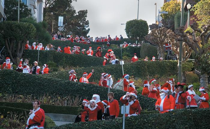 Парад Санта-Клаусов в Сан-Франциско
