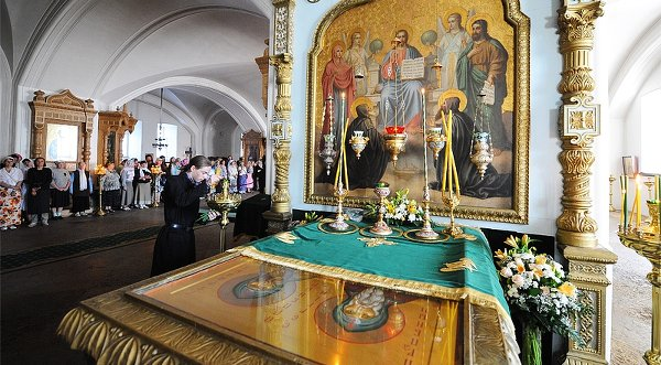 Мощи преподобных Сергия и Германа Валаамских