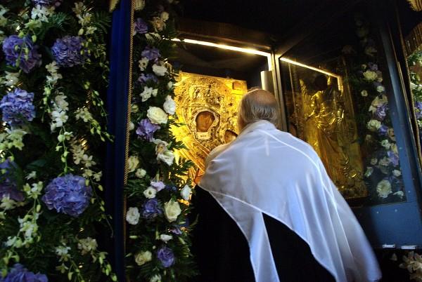 В 2004 году икона была торжественно возвращена на её историческое место в Тихвинский монастырь