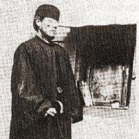 Отец Никифор в юном возрасте на Хиосе