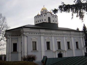 Златокупольная копия храма ХI века на куполе Михайловской церкви