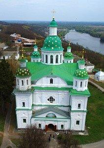 Спасо-Преображенський собор Мгарского монастыря