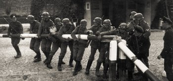 1 сентября 1939 г. Немцы уничтожают польско-данцигскую границу в районе Сопота