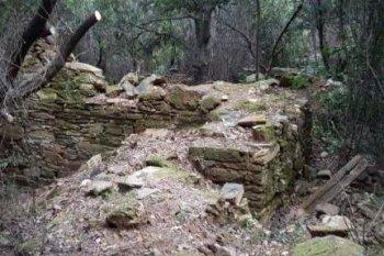 Останки келии, где принял монашество прп. Паисий Величковский