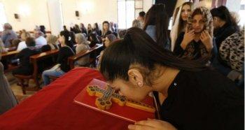 Ассирийские христиане были вынуждены бежать из Сирии в Ливан, где они нашли убежище
